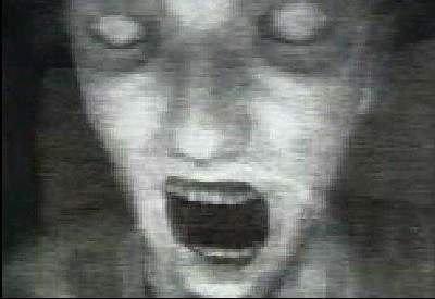 Увидел подругу мамы в ванной фото 670-565