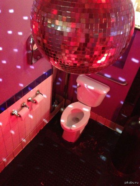В туалеты ночных клубов клуб для общения инвалидов в москве