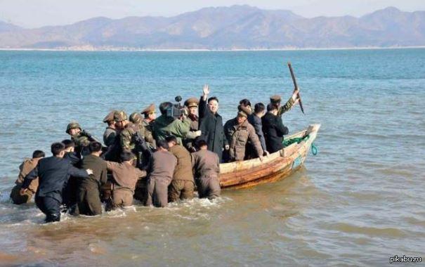 Флагман Северокорейского военного флота отправляется к берегам США.