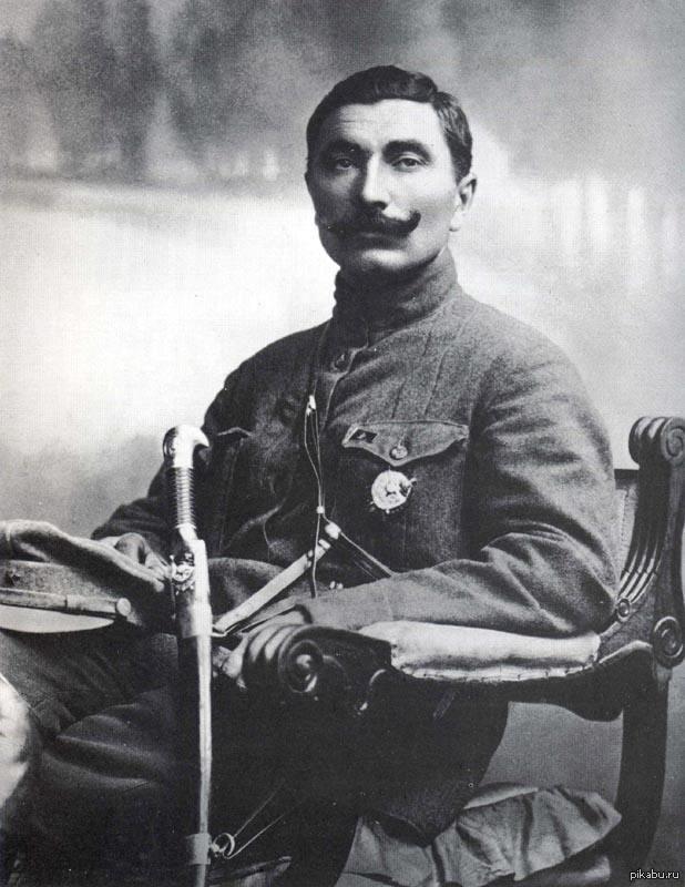 Семён Михайлович Будённый В этот день, 25 апреля (по новому стилю), 130 лет назад родился Маршал Будённый С.М.  немного длиннопост