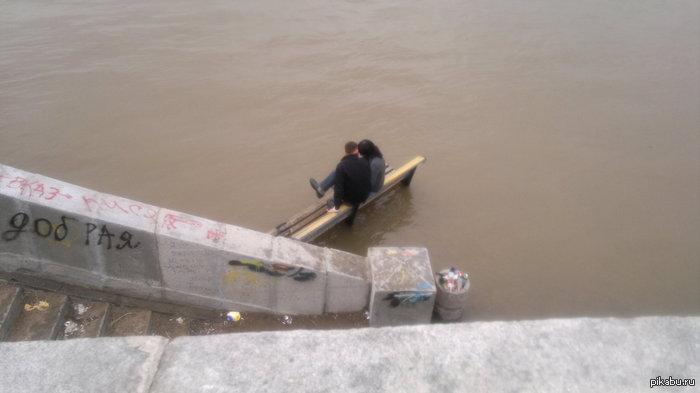 Новосибирская любовь набережная реки Обь, сегодня(вчера)