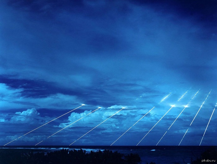 Апокалиптическая красота Падение голов межконтинентальной баллистической ракеты