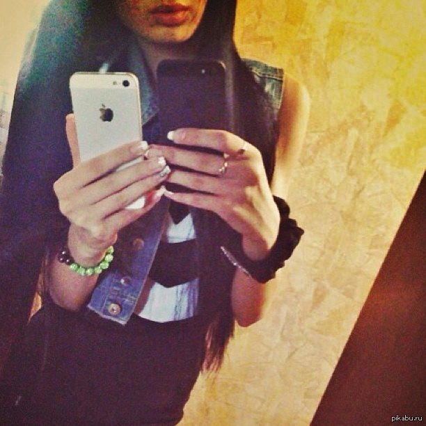 Фото девушек перед зеркалом в контакте