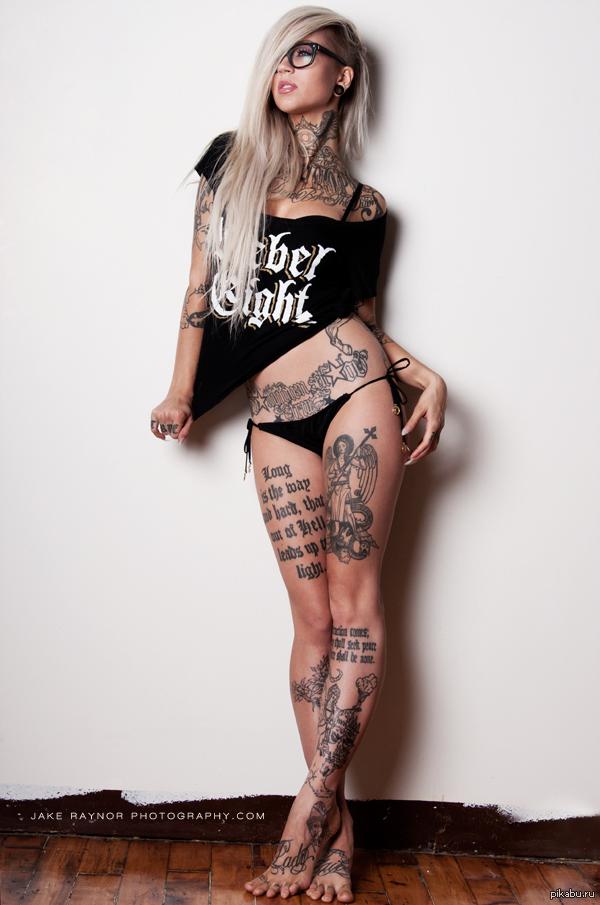 Фото татуированных девушек фото 416-558