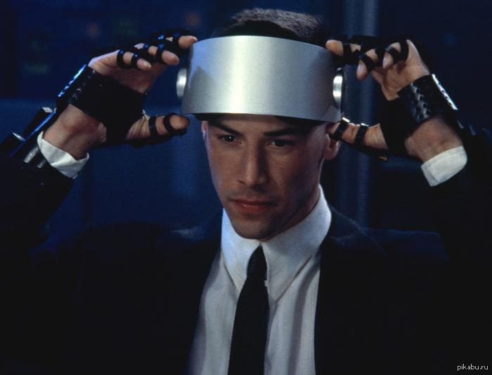 """Лишился части мозга, заимел жесткий диск на 160 гб, чтобы быть курьером. Перевозил в голове информацию способную уничтожить мир. в ответ на пост: <a href=""""http://pikabu.ru/story/_1478526"""">http://pikabu.ru/story/_1478526</a>"""
