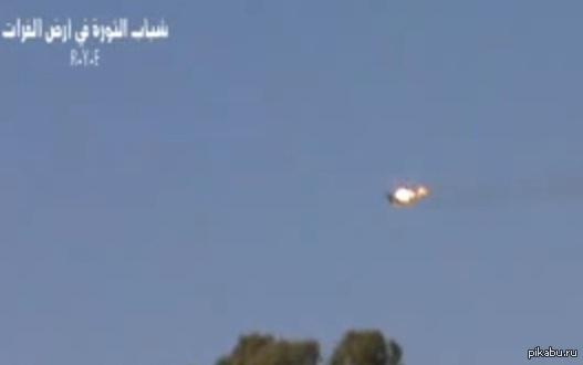Сирийцы сбили американский самолет и 4 ракеты Томагавк Весь мир, затаив дыхание, ждет американской атаки против Сирии, но, как выясняется, она уже была, и завершилась полным провалом.
