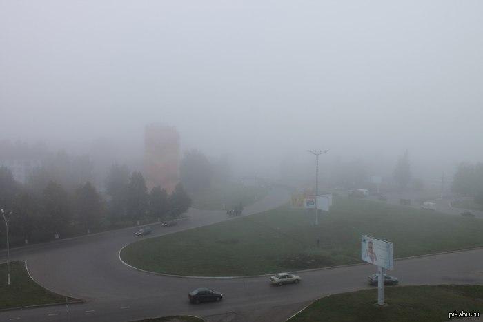 Мой город похож на Сайлент Хилл Сегодня у нас весь день был мрачноватый туман) Всем удачного вечера пятницы 13)