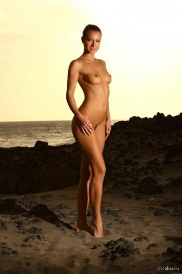 Фото абсолютно голых девушек