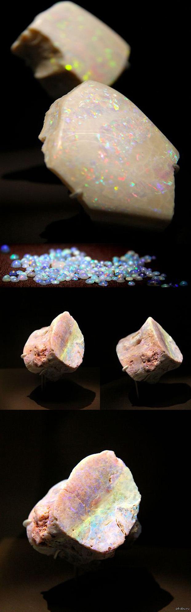 Опал  SiO2·nH2O (гидрат диоксида кремния) Большинство опалов встречаются в Австралии, хотя в 2008 году NASA сообщило,что  месторождения были обнаружены на Марсе в растворенных базальтовых породах.