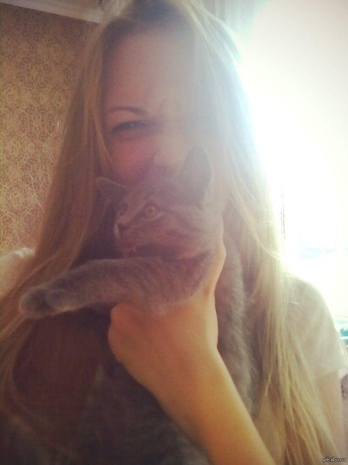В его глазах я увидел ужас Девушка прислала фотку с котом которого я ей подарил
