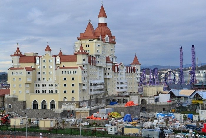 Замок в сочи