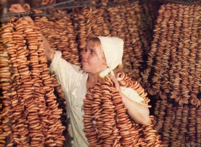Фото облизывания дырочек женщин фото 46-550
