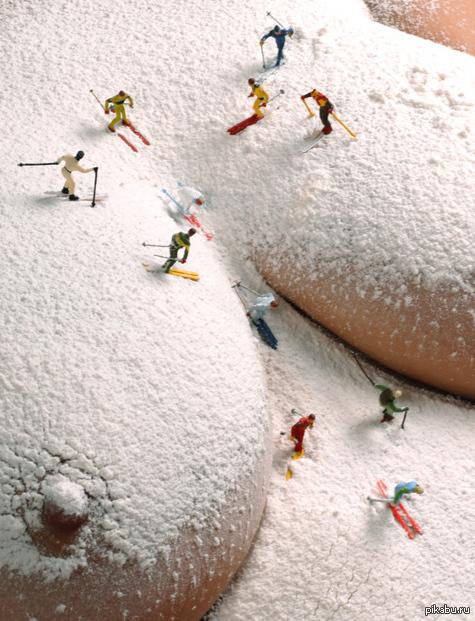 Снег на сиськах