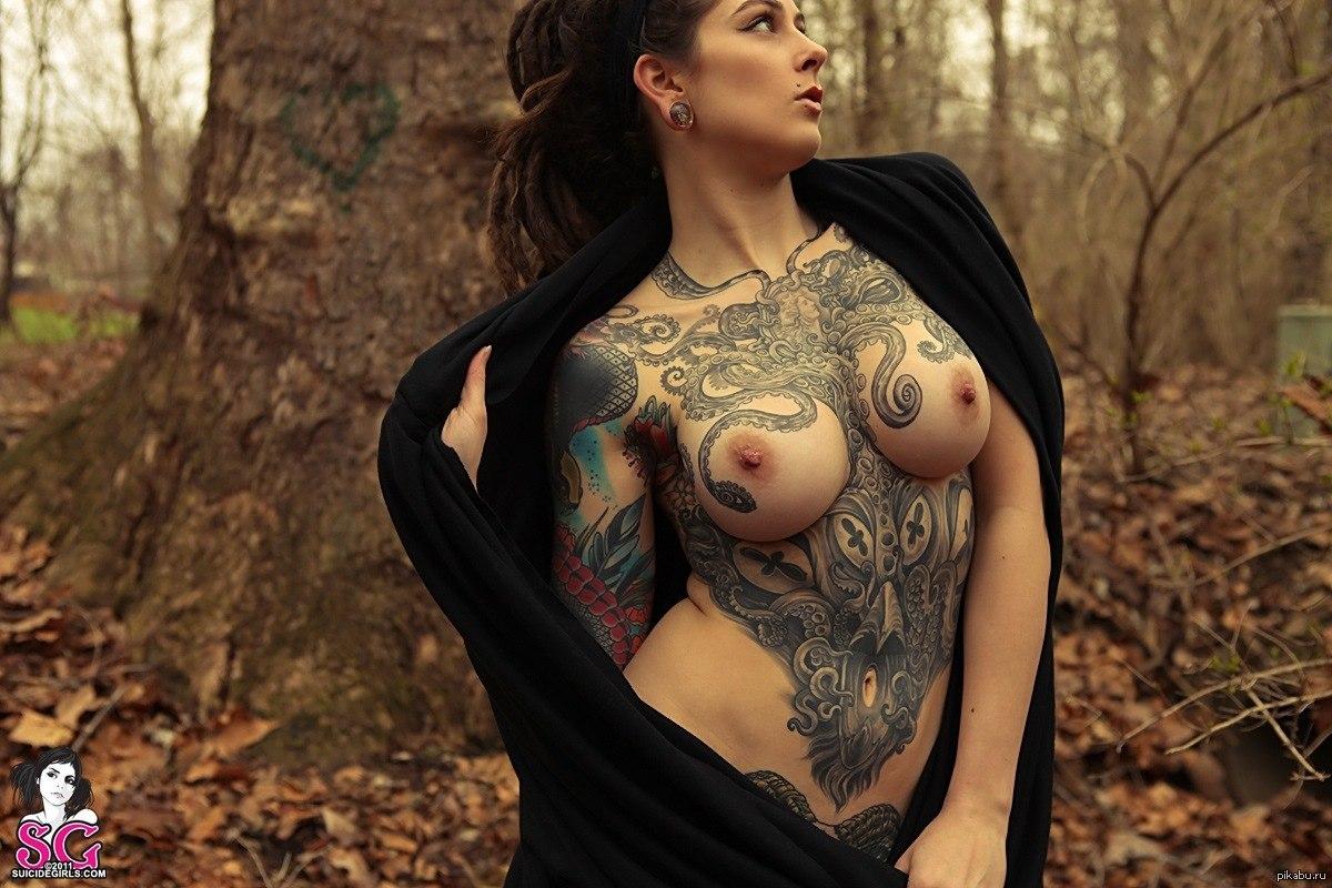 даже хочу татуировка голая женщина фото букина позирует