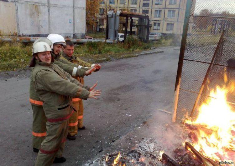 Для бабушки, пожарные прикольные картинки