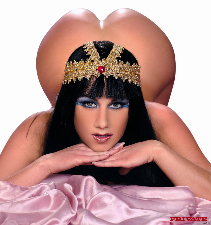 дырочка, предусмотрительно эротическое фото императрица впервые посадили